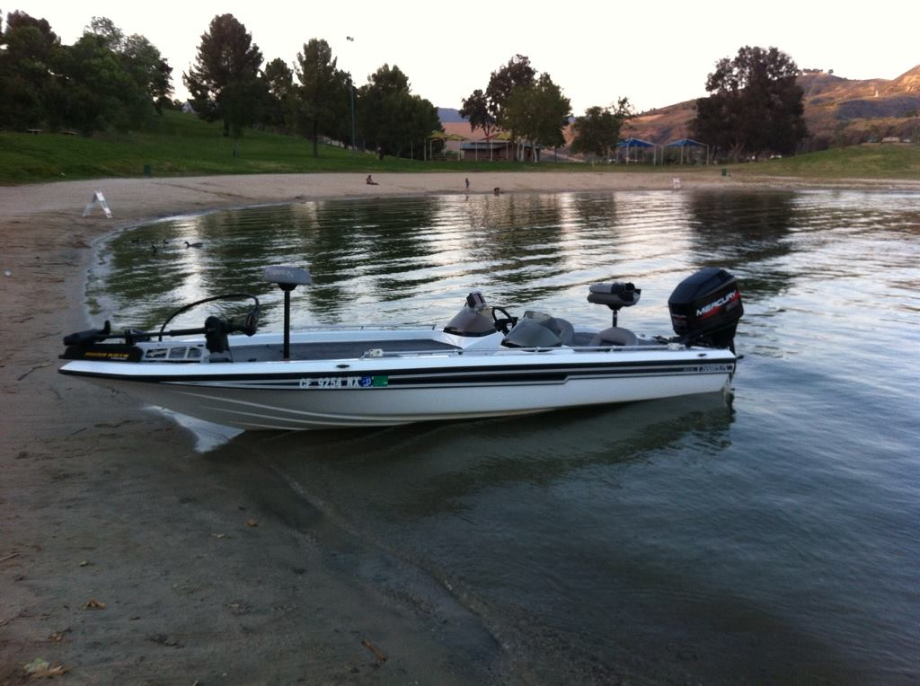 Champion 202 Bass Boat